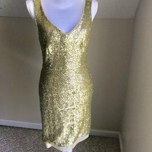 NWOT 💝 Gold Sequin Dress - size 8